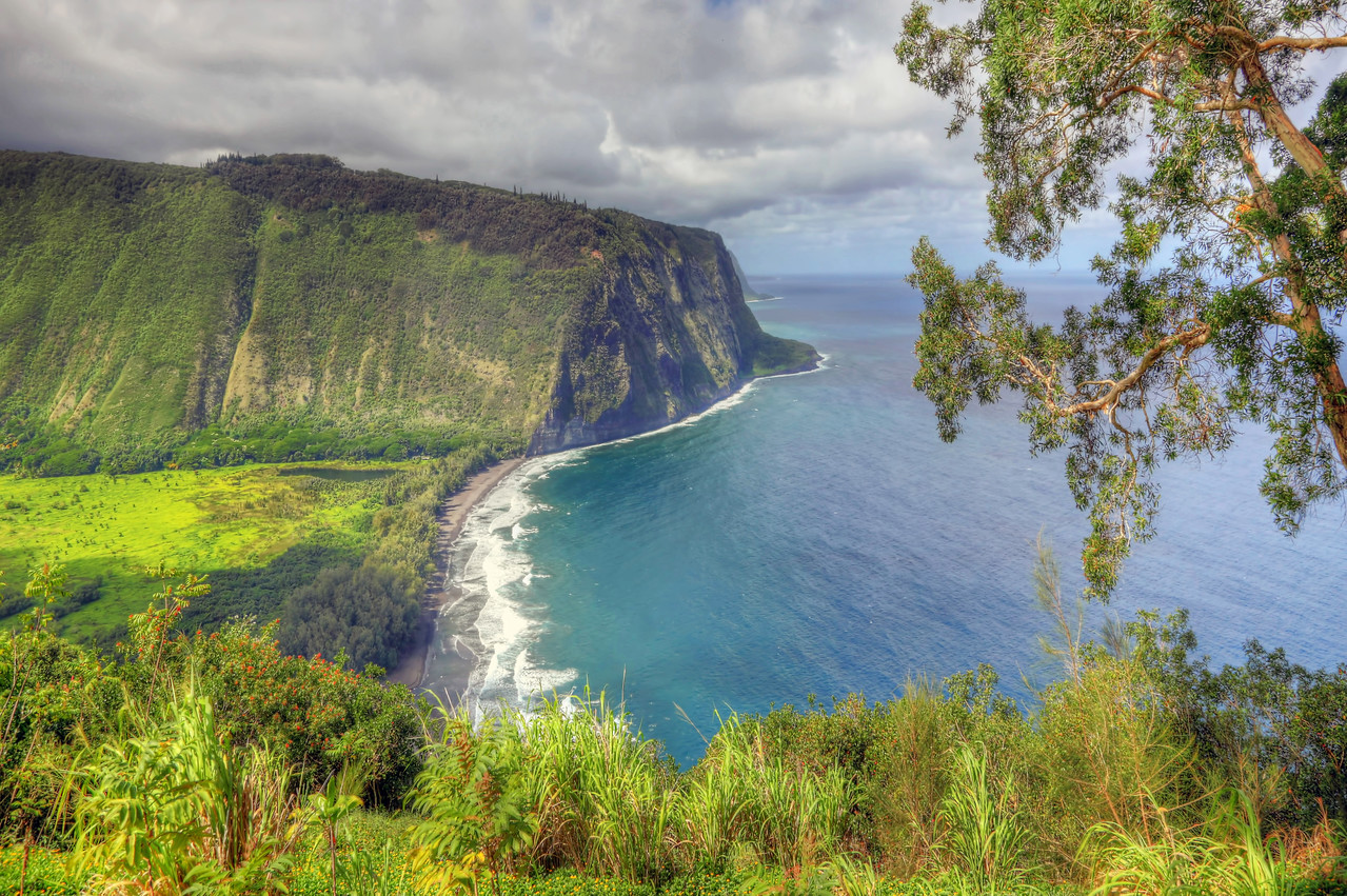 Waipio Valley - Big Island - Hawaii - Joe West Photography