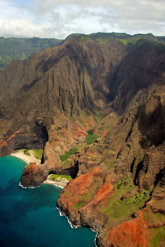 Na Pali Cliffs - Island of Kana'i, Hawaii
