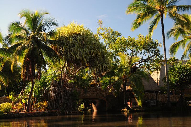 Riding on a canoe through 7 Polynesean villages as you'll on the next couple of photos.