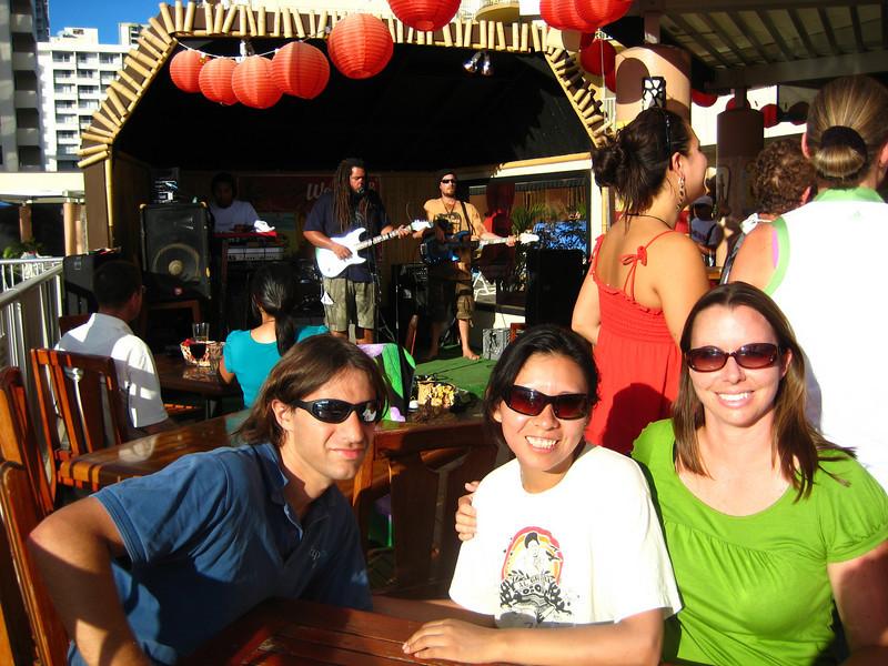 watching some reggae in waikiki