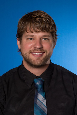 Portrait image of Joe Thomas