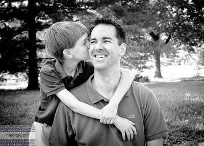 Kissing Dad bw-2567