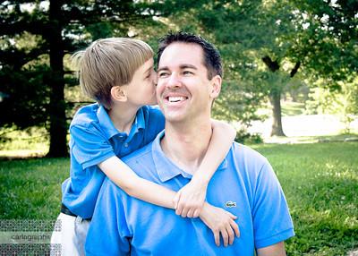 Kissing Dad-2567