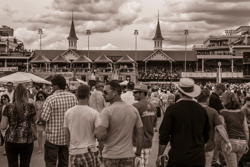 Churchill Downs - Kentucky Oaks 2013