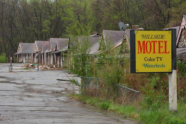 Hillside Motel - Color TV - Waterbeds - K.C. Mo. 4.2014
