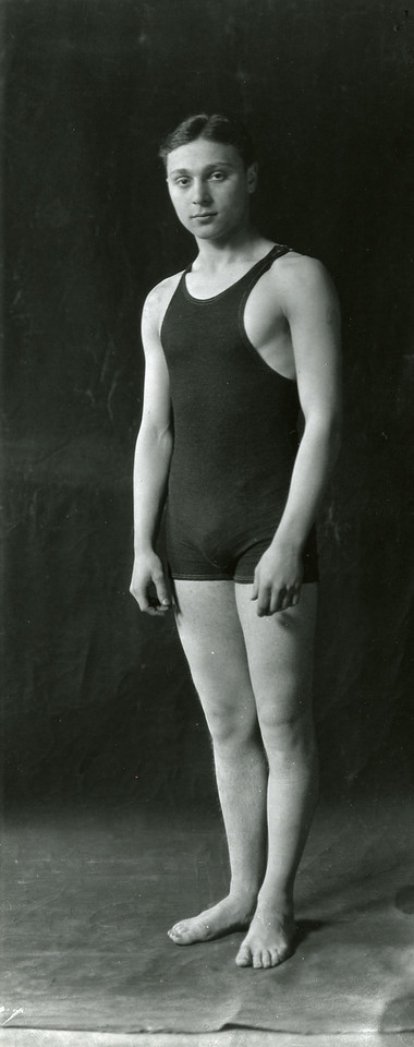Schulman participating in intramural swimming, 1924; X8487