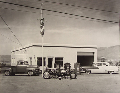 This Chevron Station owned by Robert Davalos was on Central near Moon in the Mid 50's