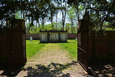 Hampton Cemetery. The family still uses this cemetery to this day.
