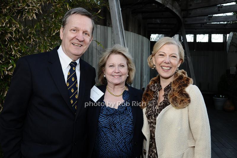 Dennis Stilwell, Marcia Wilson, Linda Stillwell<br /> photo by Rob Rich © 2010 robwayne1@aol.com 516-676-3939
