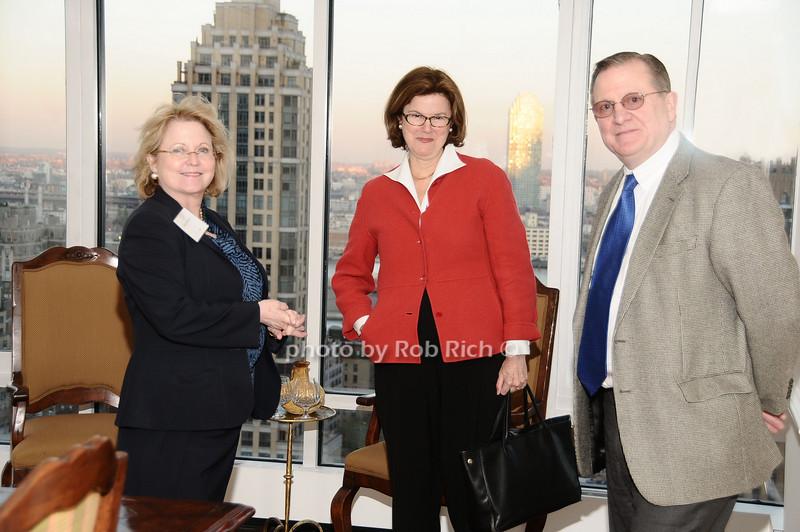 Marcia Wilson, Kathy Slattery, John Slattery<br /> photo by Rob Rich © 2010 robwayne1@aol.com 516-676-3939