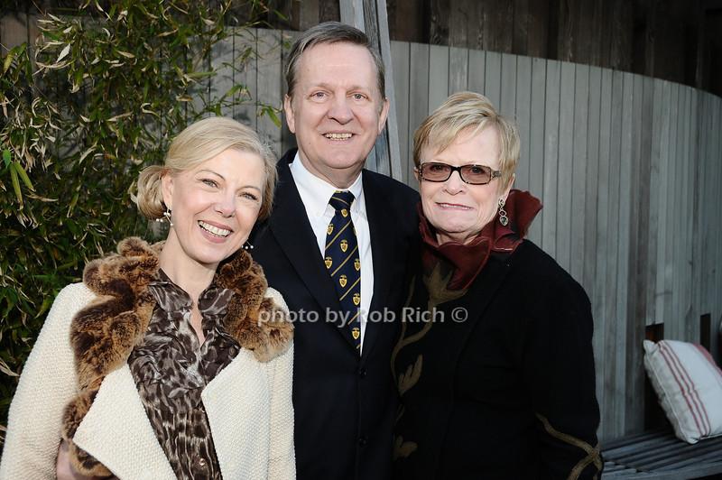 Linda Stillwell, Dennis Stillwell, Paula Busch<br /> photo by Rob Rich © 2010 robwayne1@aol.com 516-676-3939