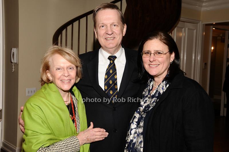 Emily O'Sullivan, Dennis Stillwell, Elizabeth Henry<br /> photo by Rob Rich © 2010 robwayne1@aol.com 516-676-3939
