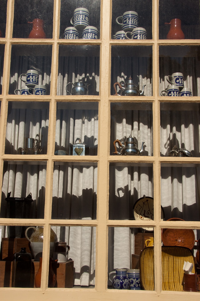 Colonial window shopping.