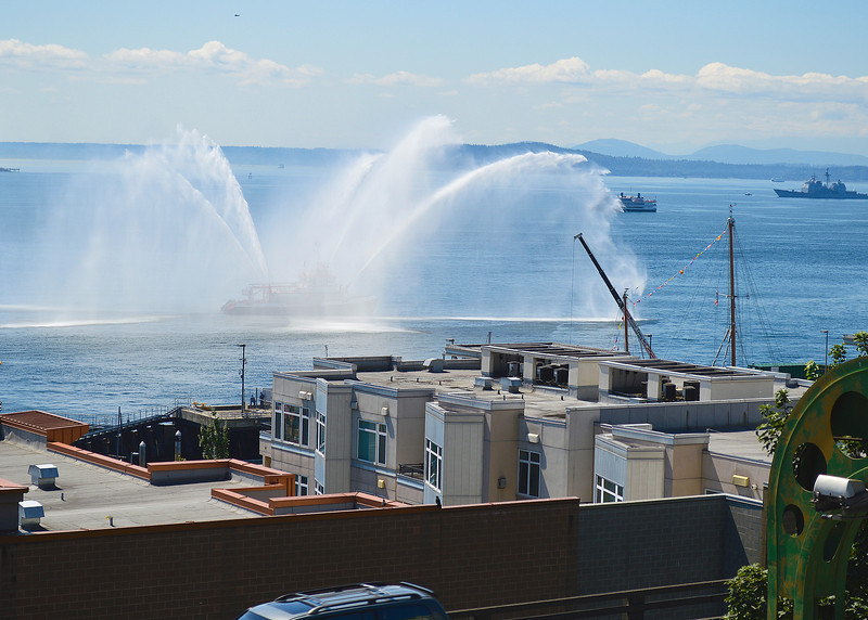 147_Seattle Fireboat Demo_DSC0685