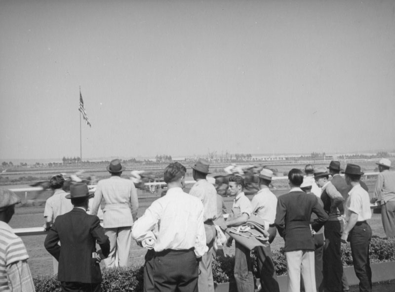 . A race at Hollywood Park in 1938.  (Los Angeles Public Library)
