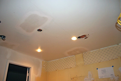 End day 4 A few new ceiling lights already working.