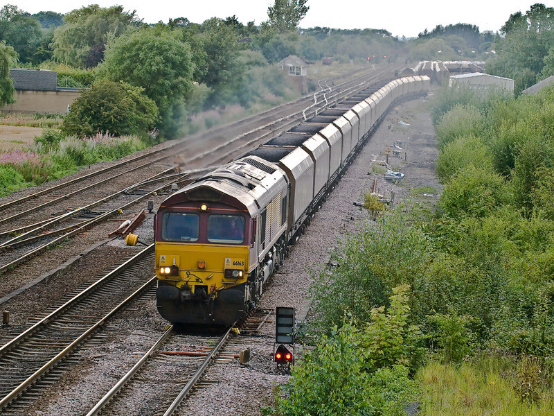 Loaded Coal Train from Gascoigne Wood.<br /> The loaded coal train has taken the Sheffield line and is probably going to nearby Ferrybridge power station.