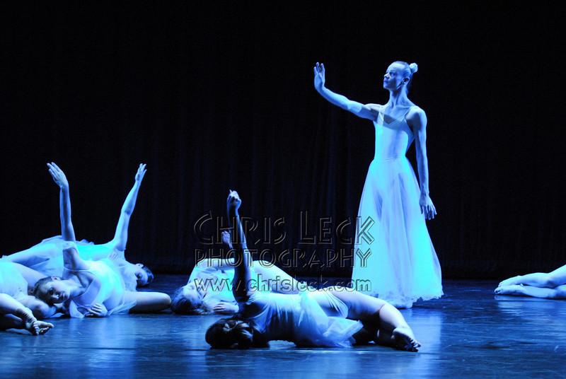 Agnieszka Laska Dancers in 'Mozart Now and Then'