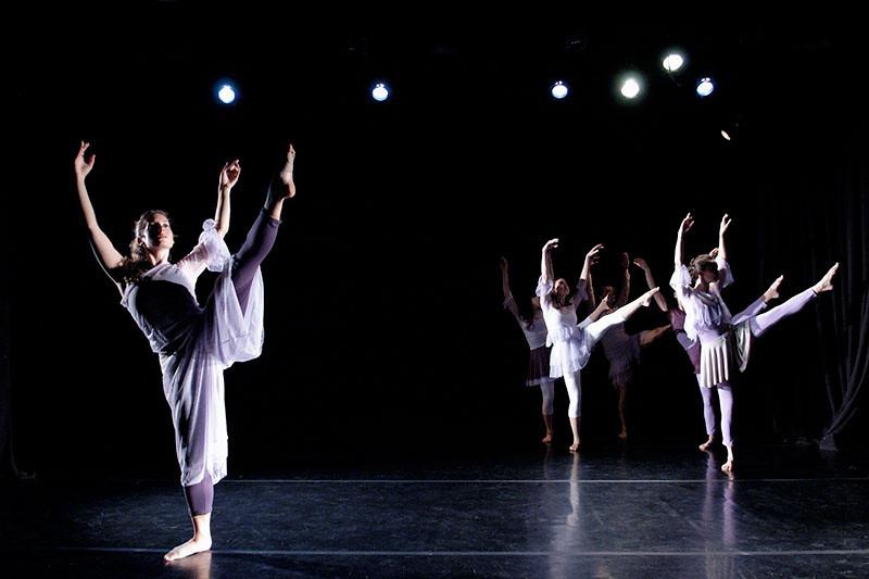 Agnieszka Laska Dancers perform 'Spring Quartet'