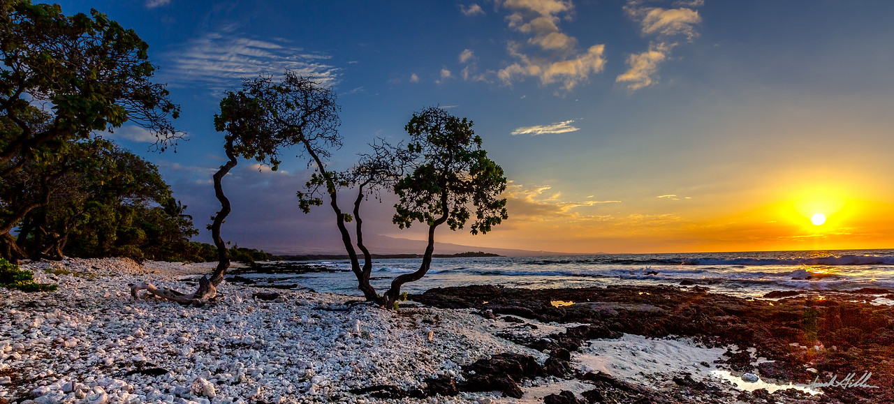 Sunset looking SE towards Kona