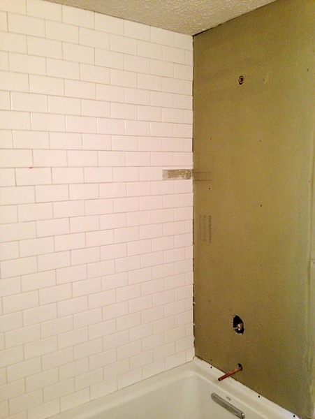 2018-02-28 (Day 12): Hall Bath. Subway tile complete up to ceiling.