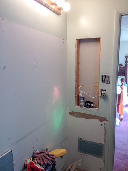 2018-02-15 (Day 3): Master bath. Electric outlets prepared.