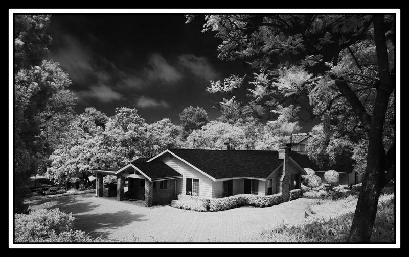 House in Infrared...