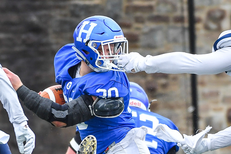 Hamilton College fullback David Kagan (30)<br /> <br /> 11/3/18 1:01:55 PM Football--Old Rocking Chair Classic: Middlebury College vs Hamilton College, at Steuben Field, Hamilton College, Clinton, NY<br /> <br /> Final:  Middlebury 35   Hamilton 17 <br /> <br /> Photo by Josh McKee