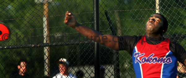 5-24-12<br /> Track Regional held at KHS<br /> Darrion McAlister throwing discus.<br /> KT photo | Tim Bath