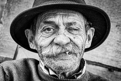 A market trader in Seville Spain #portrait #portraitphotography #natgeotravel #natgeo @edits_bnw @bnwsouls #bnw_planet_2019 #igersbnw #bwstyleoftheday #blackandwhite #igblackandwhite #instagrambnw #blackandwhitecreators #monoart #face