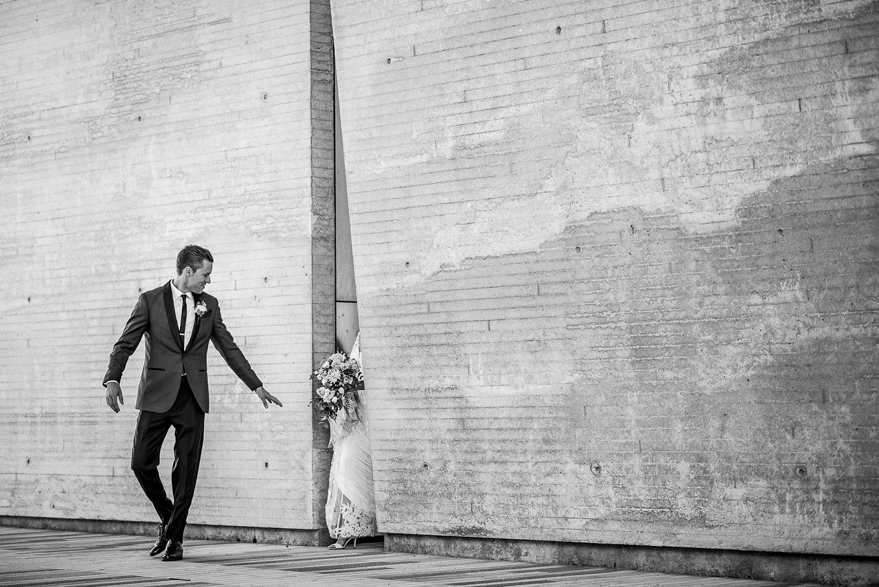 Wedding Photographer Madison WI - http://www.uedaphotography.com/