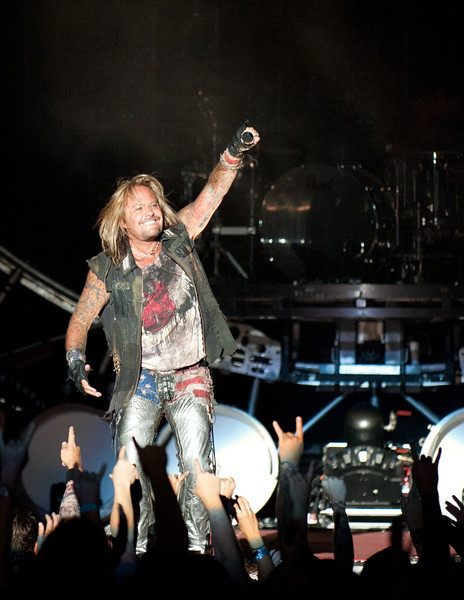 Vince Neil, Motely Crue