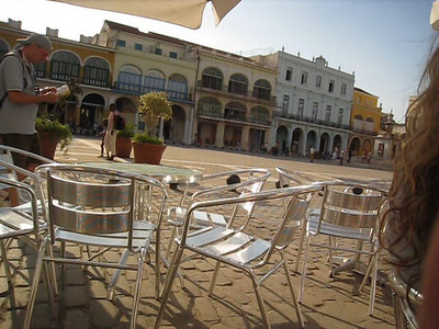 Havana - clean and sanitized version of Cuba for the tourists: Plaza Vieja