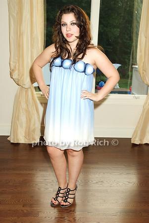 Allyson Shapiro  .photo by Rob Rich © 2008 516-676-3939 robwayne1@aol.com