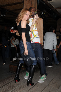 dancing photo by Rob Rich © 2008 516-676-3939 robwayne1@aol.com