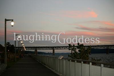 Hudson RiverWalk at sunset.