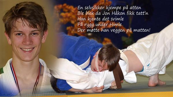 Jon Håkon Himle Bergan (16) slår  en attenåring med brunt belte i bakkekamp
