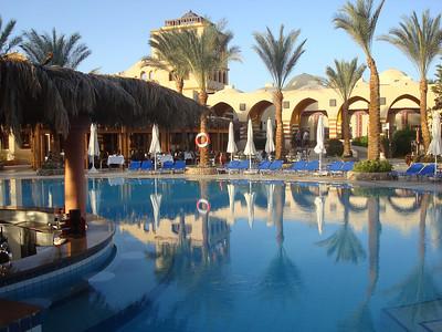 Awww :) pool.