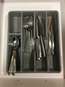 IKEA Dragon 20 piece Flatware set, 4 Farberware Knives set
