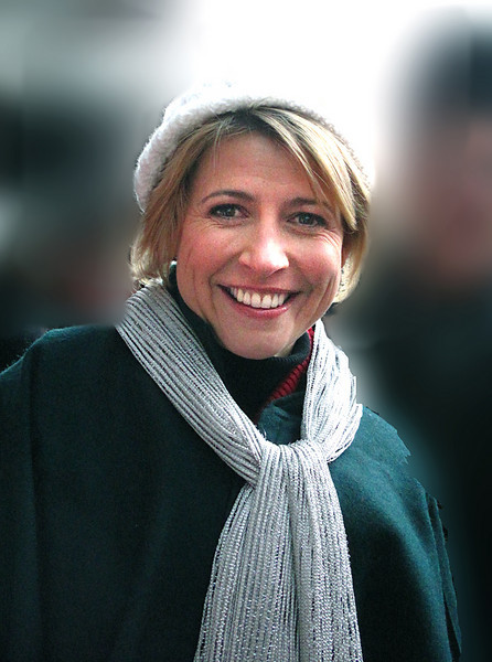 "This is SAMANTHA BROWN travel personality from cable's ""THE TRAVEL CHANNEL"""