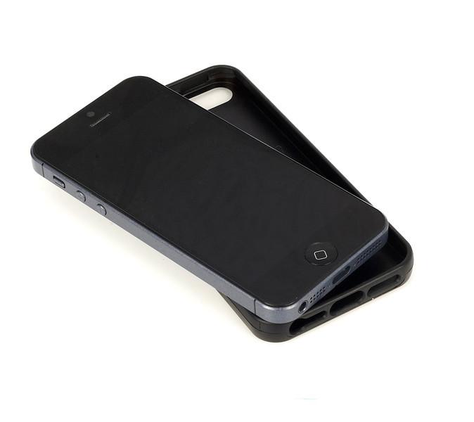 iPhone5_MouldedCase_Terracotta_birdseye_highres