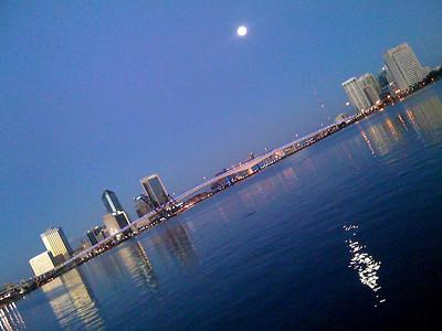 Full Moon Over Jacksonville   -  January 18   -  Day 18