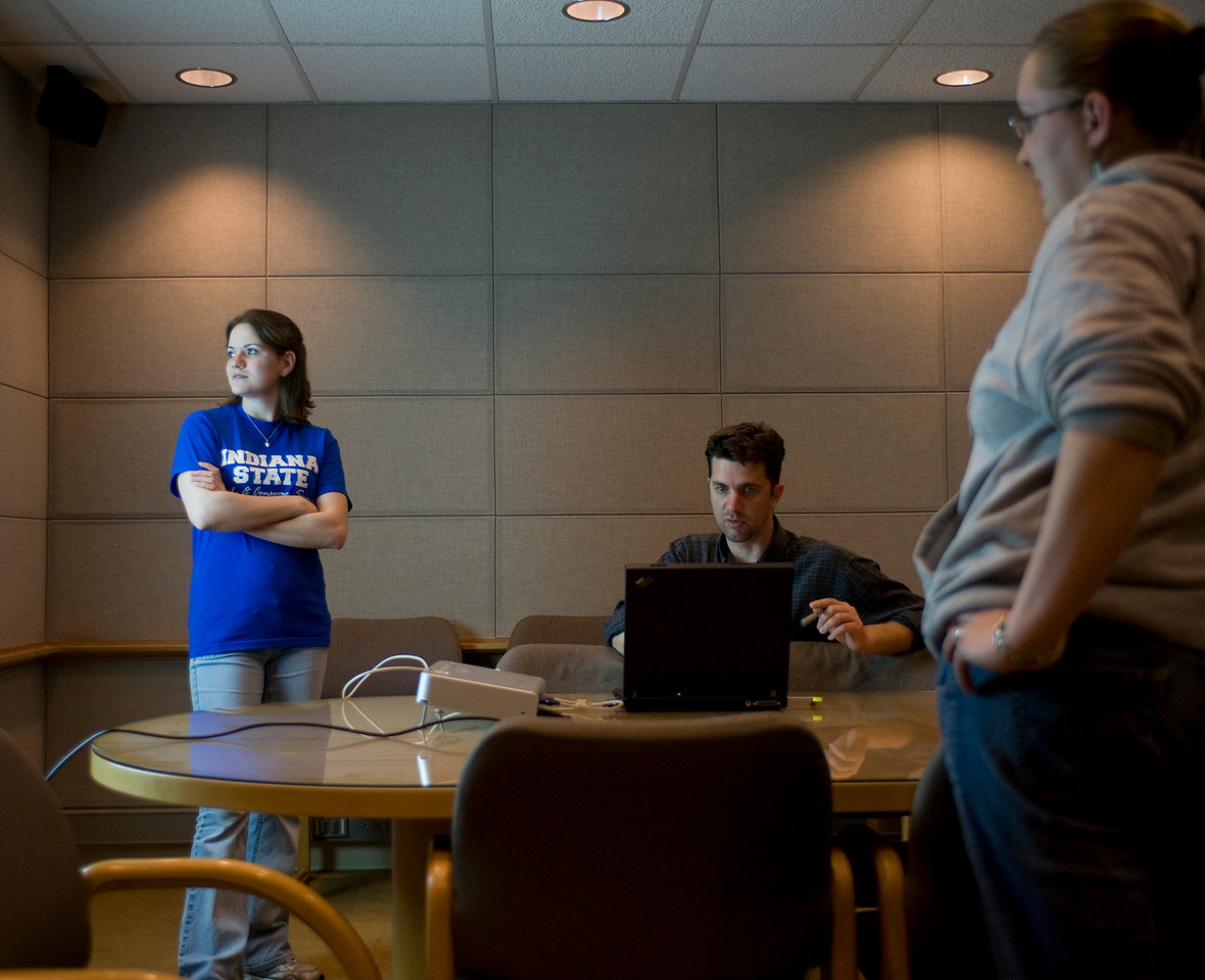student feature, lap top, technology, honors program, honors peer advisor