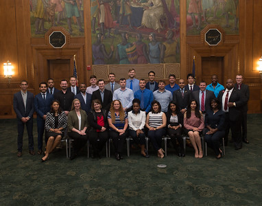 04_19_17_MBA_group_2017-2323