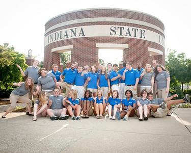 New Student Orientation staff at Oakley Plaza