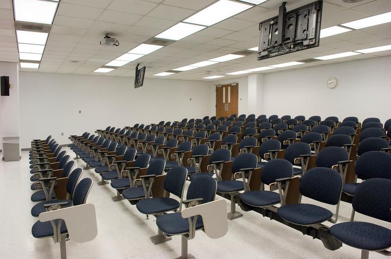 renovated_nursing_auditorium_0145