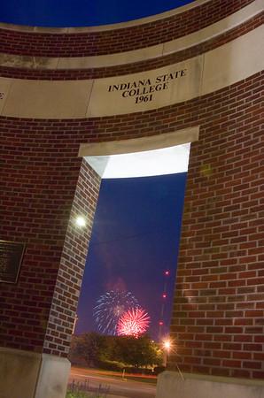 2006_fireworks_oakley_1421