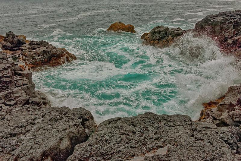 Waves crashing ashore near Grindavik