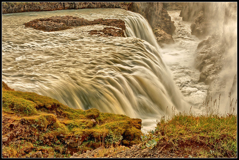 Crevice into which Gullfoss empties