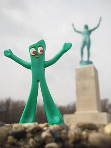 Gumby Sun Singer